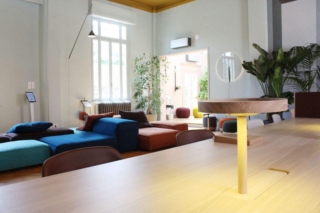 Archiproducts open house 2018 alki + texturae scrivania ufficio con lampada incorporata
