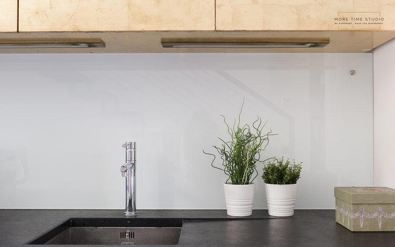 moretimestudio fotografia interni dettaglio lavandino cucina